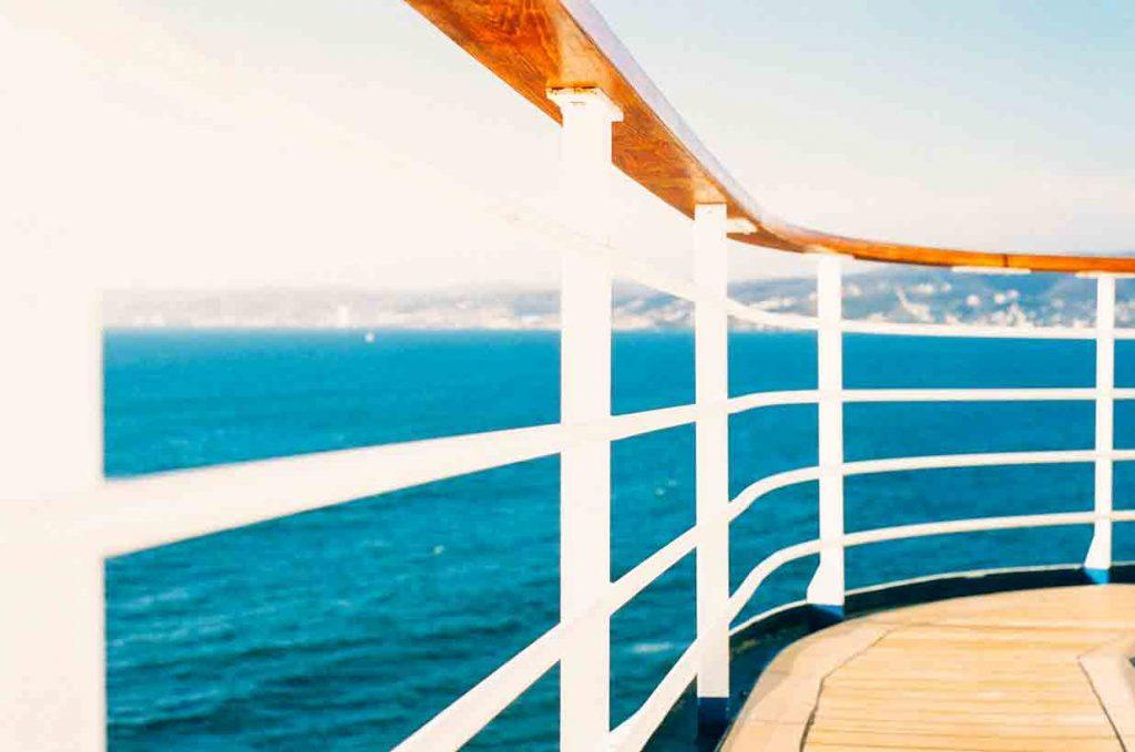 43°3´ N, 7°07′ E,  Cap d'Antibes,  Côte d'Azur